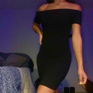 Black long strapless dress